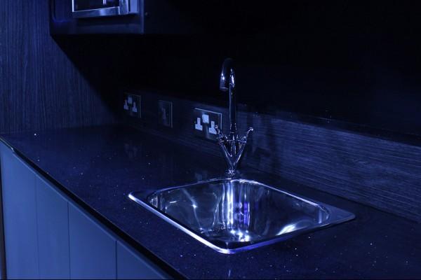 bus-kitchen-600x400